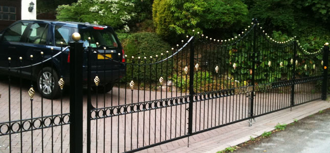 slider-wrought-iron-metal-gates
