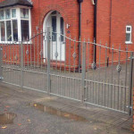 jlr-metal-works-folding-metal-gates-1a