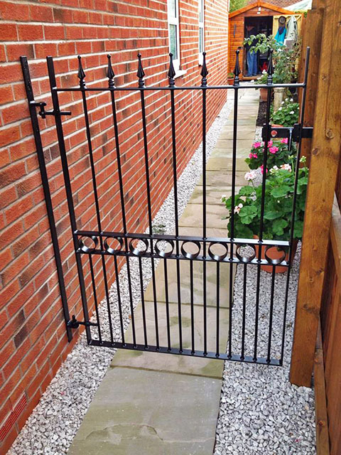 Jlr Metal Works Metal Side Gate 1a